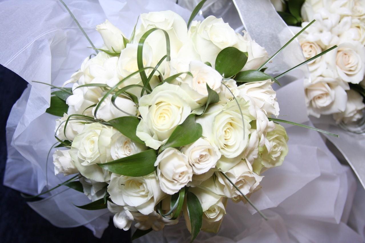 Najmodniejsze wzory zawieszek weselnych