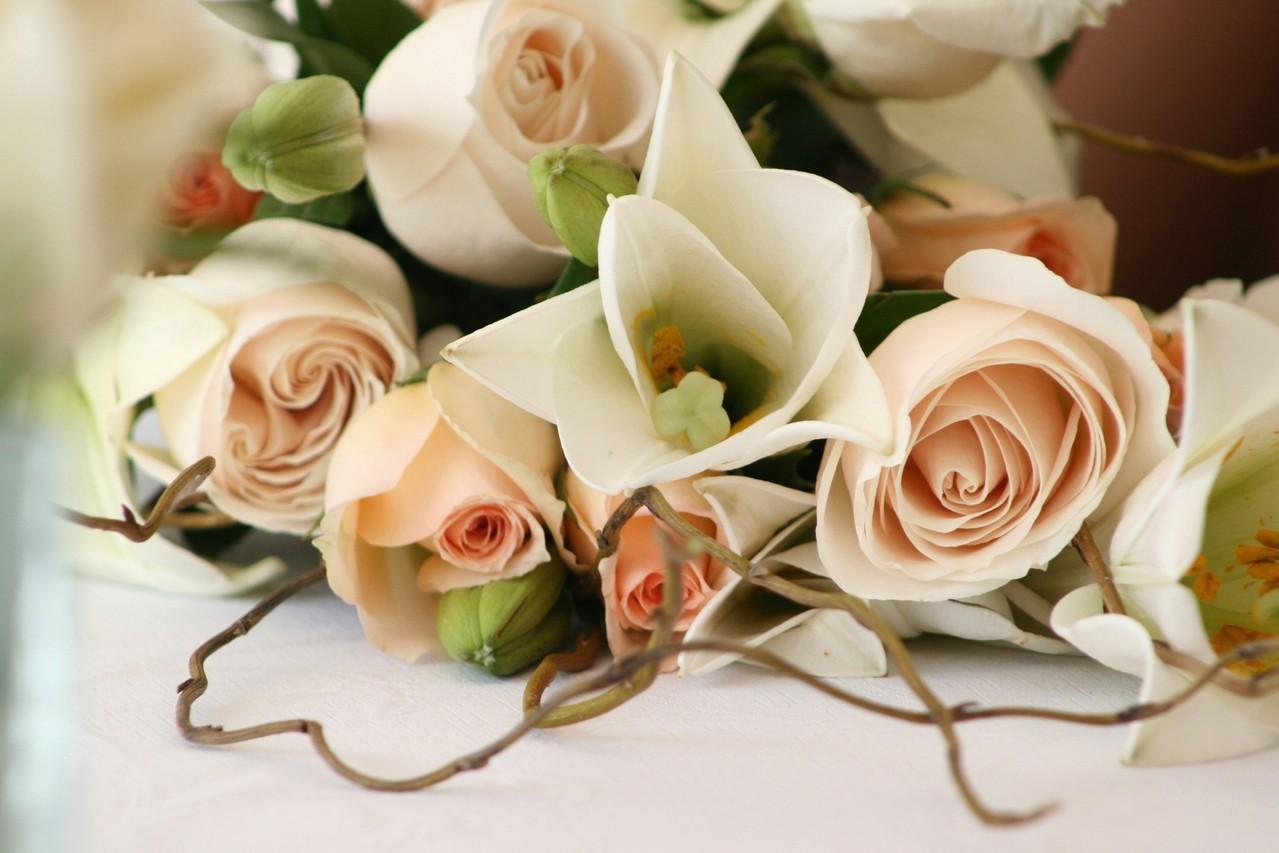 7 zasad jak komponować wiązanki ślubne